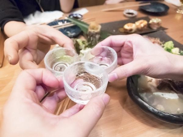 日本酒で乾杯2
